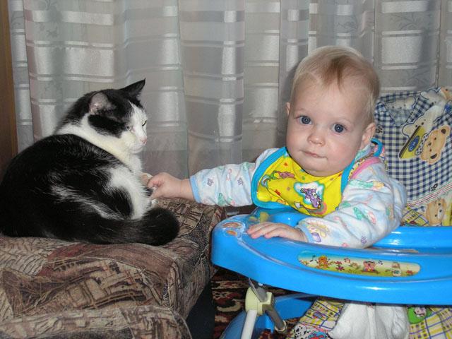 Маруся и Кисик!!!. Ребята и котята