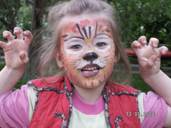 Девочка-тигр. Аквагрим