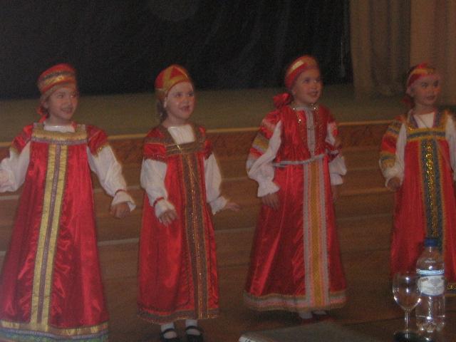 Маков Цвет-07. Танцуем и поем