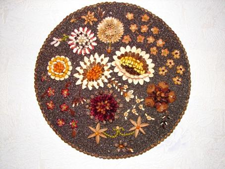 пано из семян. Поделки из природного материала