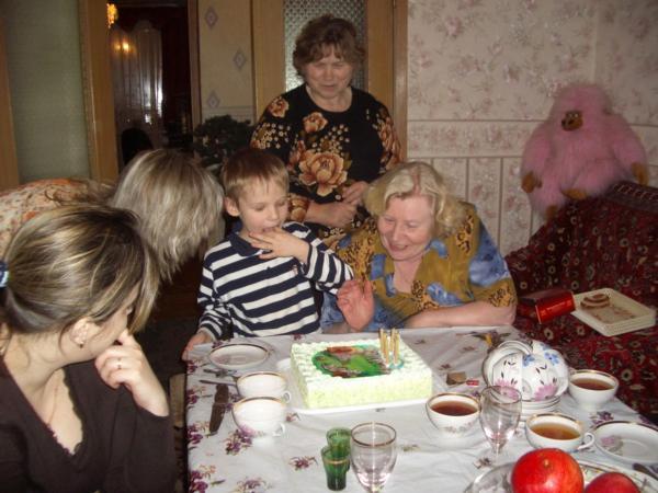 День рождение сынульки - Димульки 6 лет. Наша дружная семья - праздник дома удался!