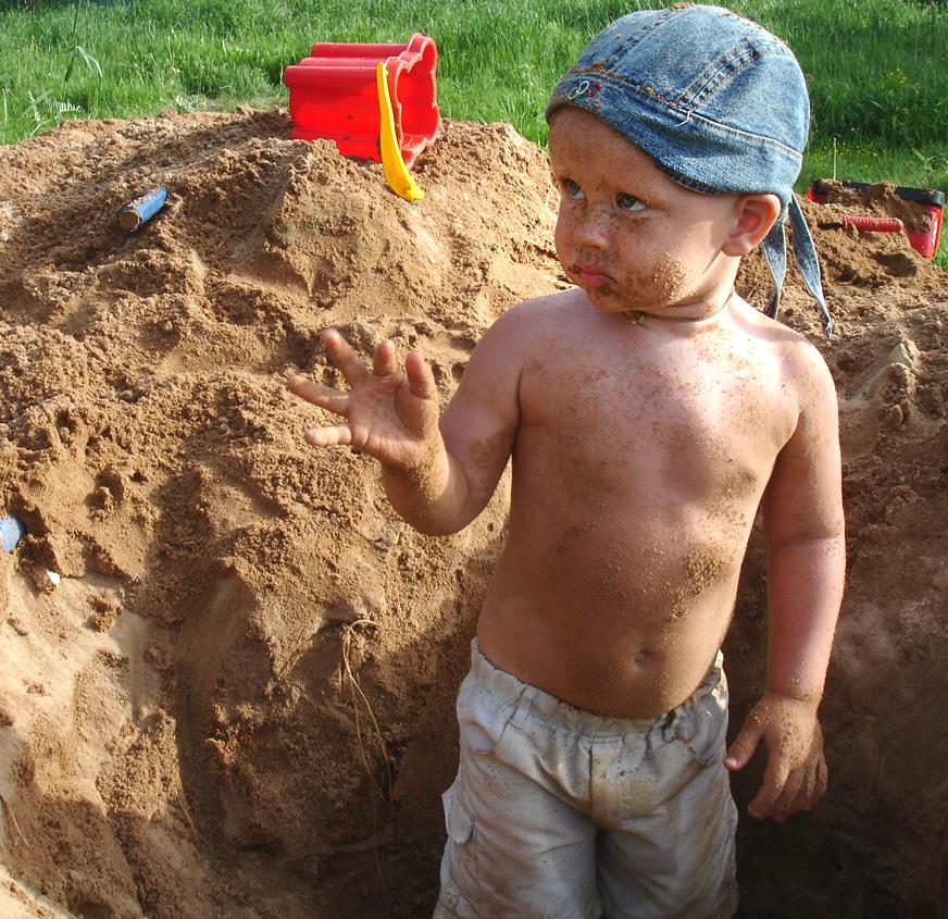 Тарзан решил стать шахтёром.... Маленький Тарзан