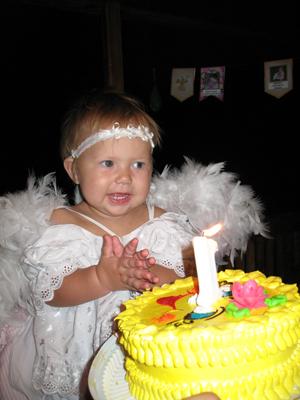 Первый день рождения. День рождения