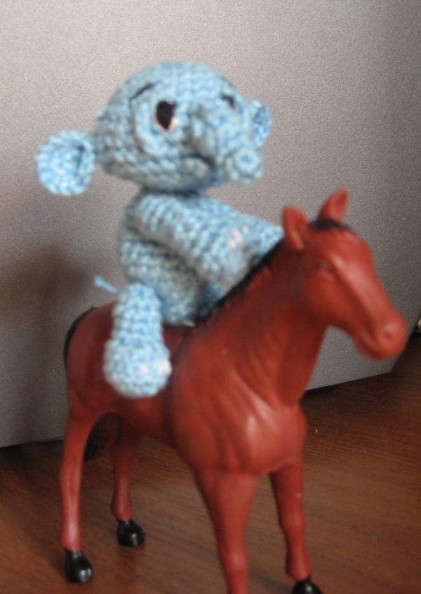 Слоненок. Вязаные игрушки