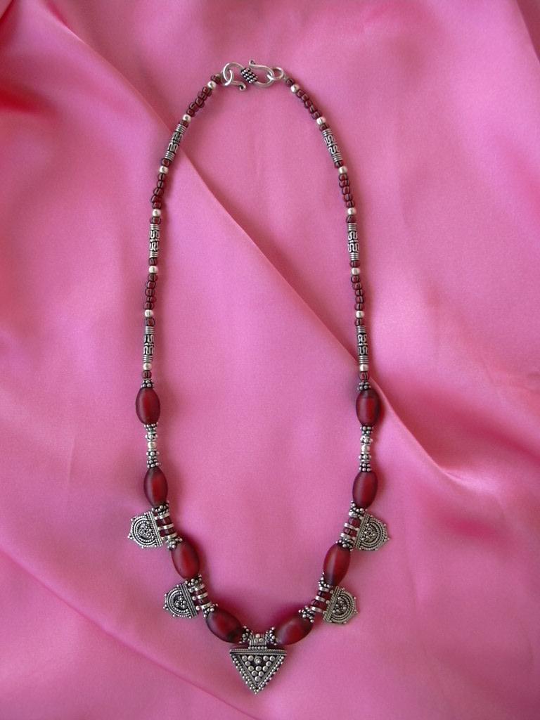 БУСЫ ИЗ Samburu Beads.