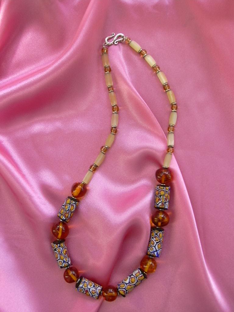 Бусы из Trade Beads. Стекло, керамика