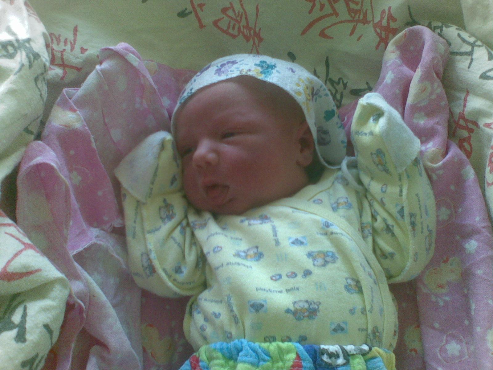 спустя несколько часов после рождения :-))). Новорожденные