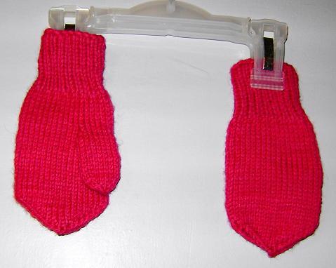 Варежки . Перчатки, варежки, носки, пинетки, обувь
