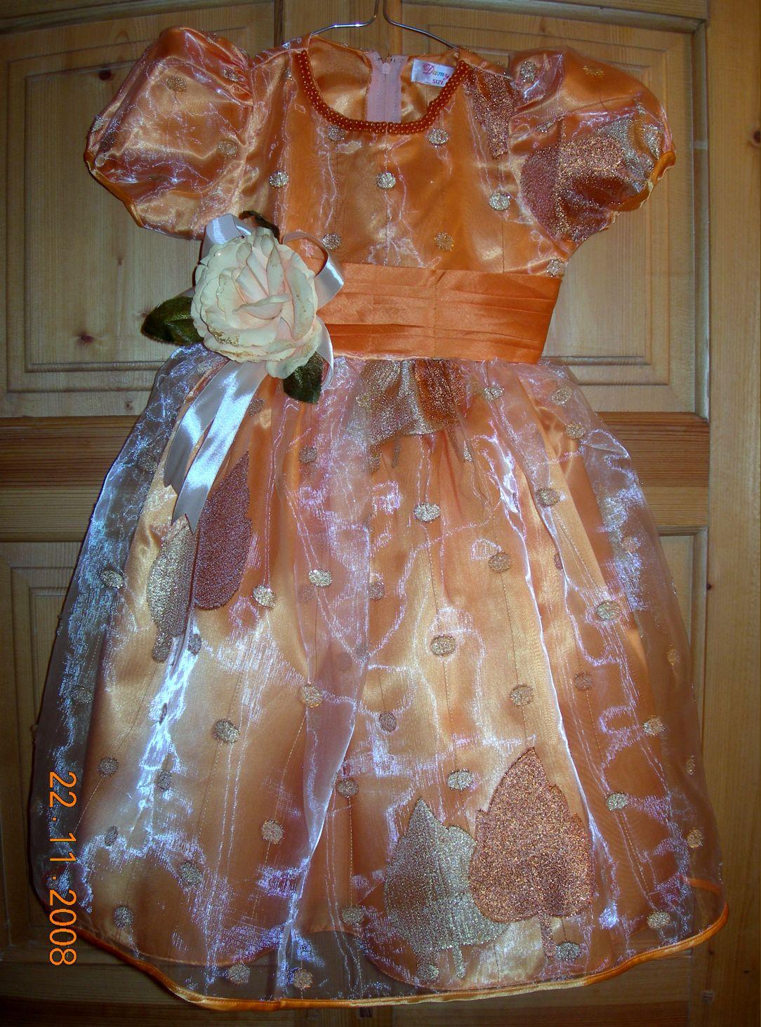 Шикарное платье для девочки  р.98-104. Одежда для детей