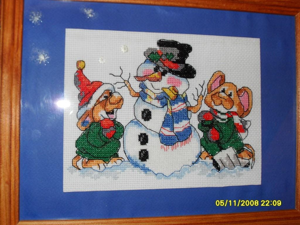 снеговик с мишками. Детские сюжеты