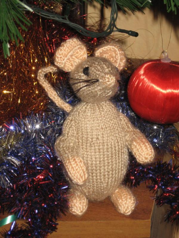 Мышь. Вязаные игрушки