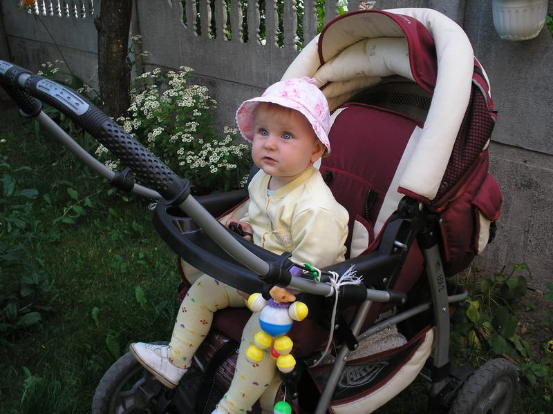 В коляске надежней.... Дети в колясках