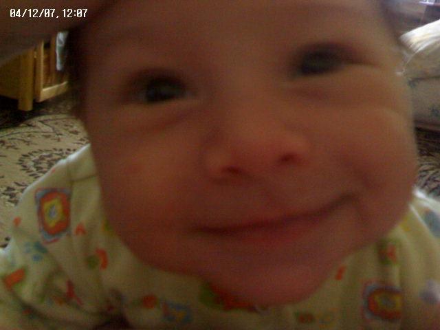 Вот это улыбка!. Малыши