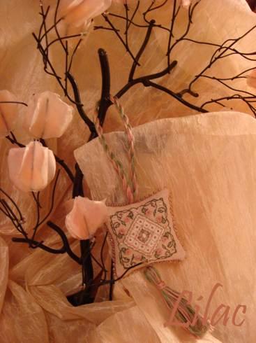 Silken Roses Fob, The Sweetheart Tree. Игольницы, брелки, подстаканники, закладки и др. сувениры
