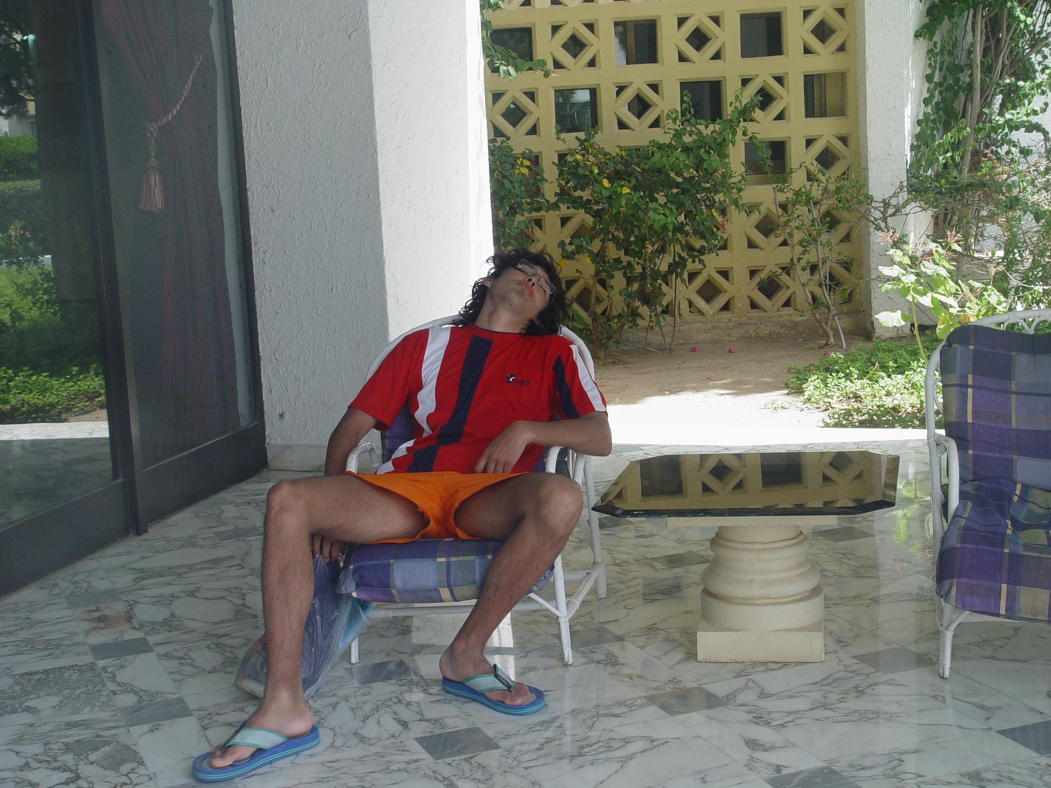 Устал отдыхать!. Отдыхать - не работать! Заработал - отдохни!