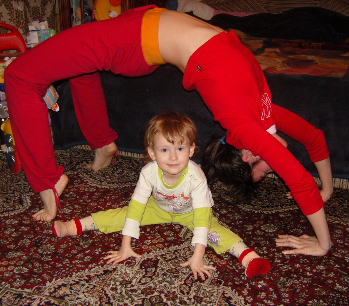 Акробатки!. Спортивная семья