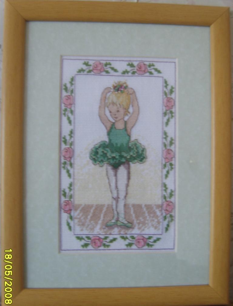 Балеринка в зеленом. Изображения детей