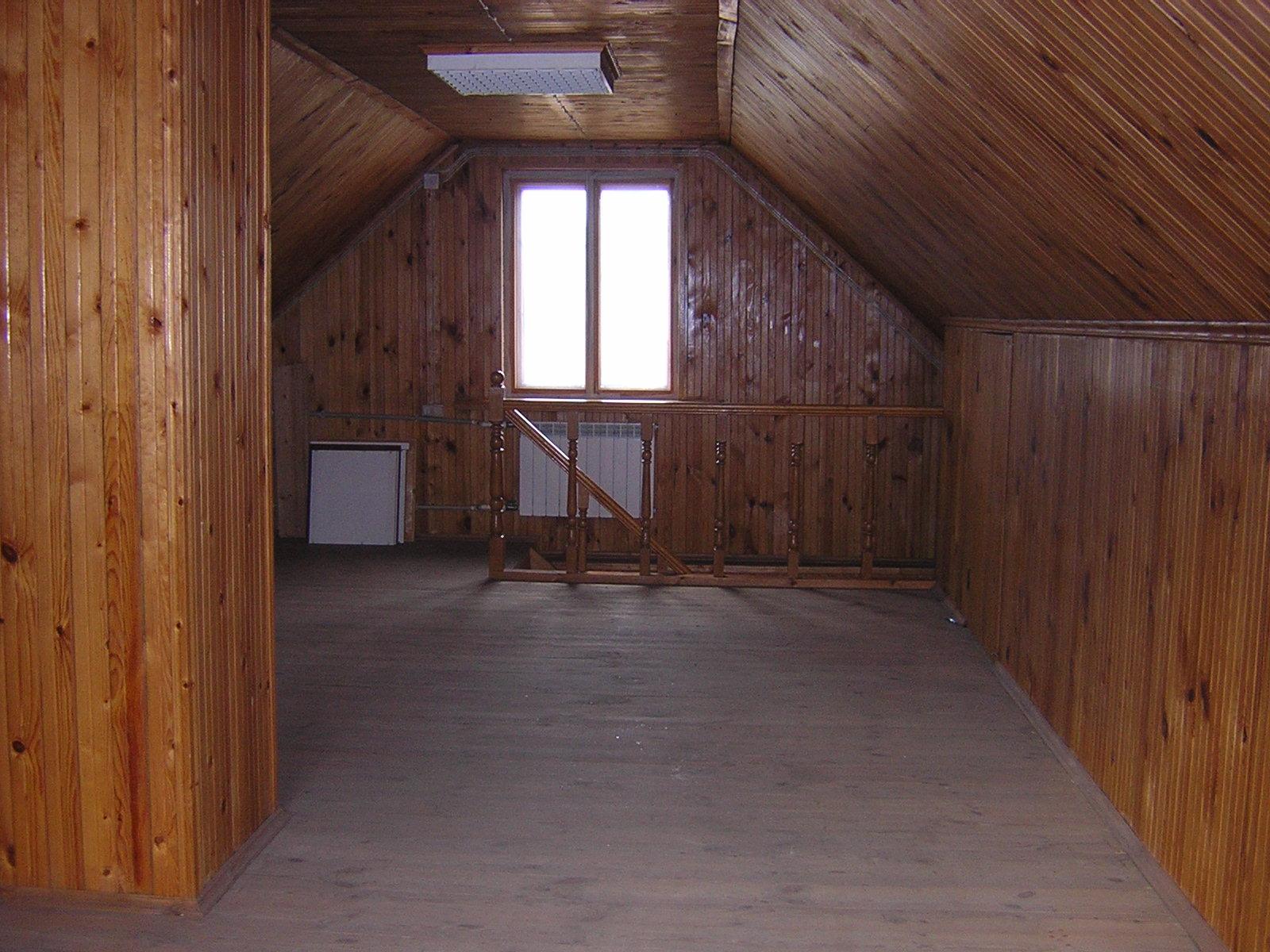 Отделка деревянного дома внутри фото второй этаж теплые