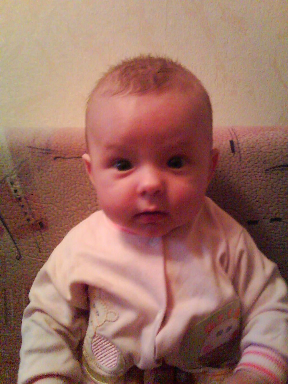 Виктория,5 месяцев. Груднички
