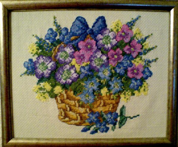 'Корзина с цветами' (Permin). Растения (в основном цветы)