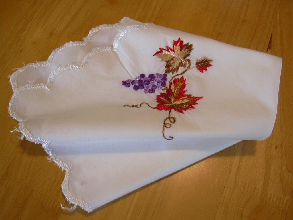 Салфетка из старого журнала 'Бурда'. Игольницы, брелки, подстаканники, закладки и др. сувениры