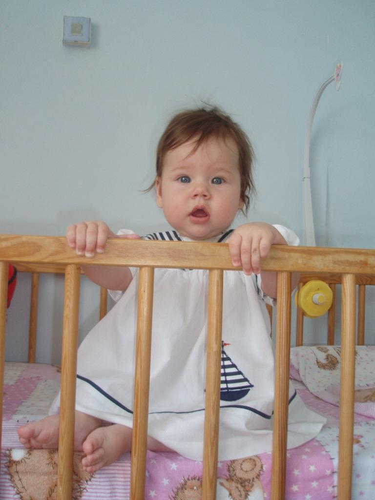 моя морячка. Дети в кроватках и манежах