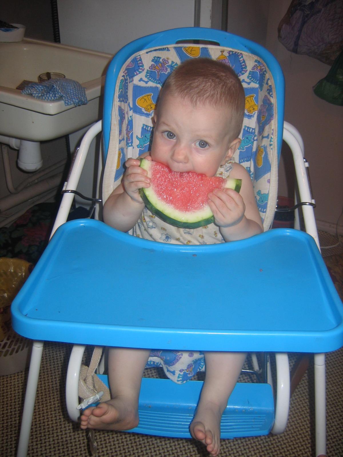 Люлю поесть.... Дети за едой