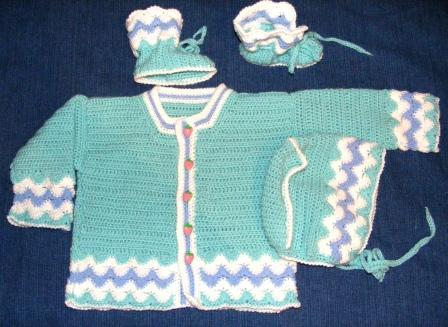 комплект для новорожденного. Одежда для детей