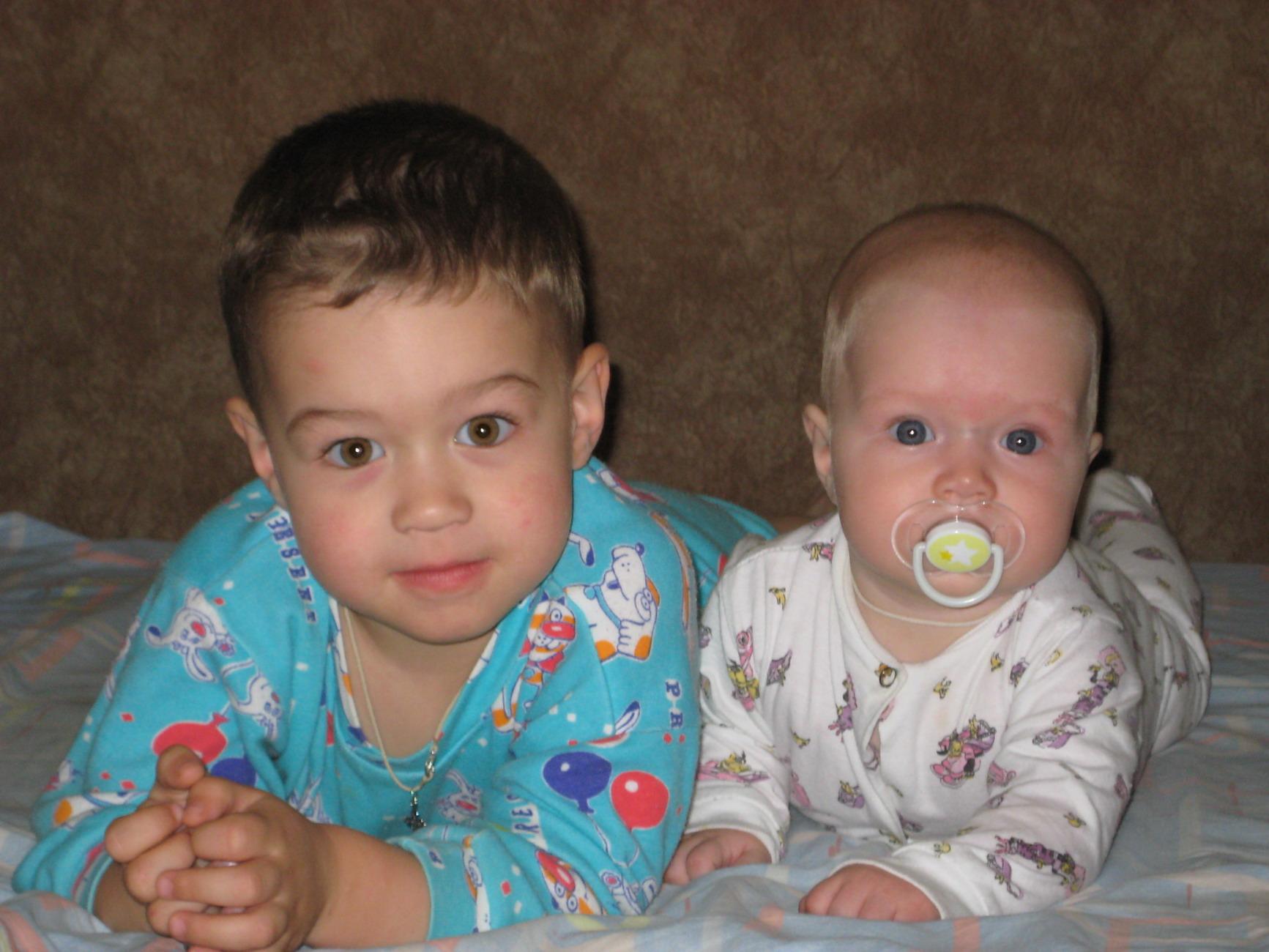 Мои детки - Артем и Мария. Братишки и сестренки