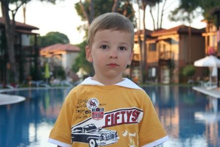 Мой сыночек - Владик. Отдых у воды