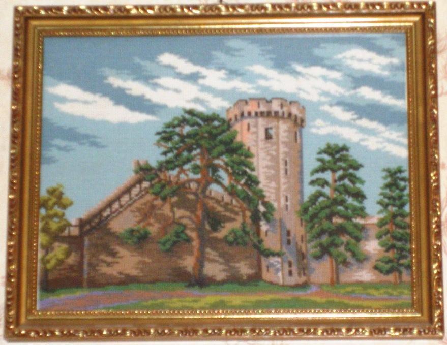 Старинный замок с крепостью. Пейзажи