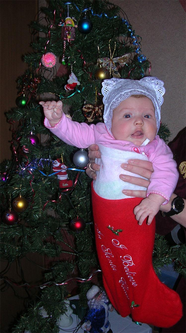 Ну и подарочек принес ты нам, Дедушка Мороз.... Моя новогодняя ёлка