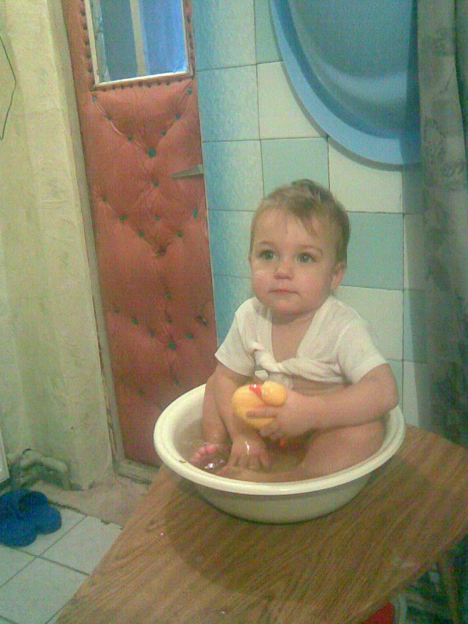 Купание в ванной