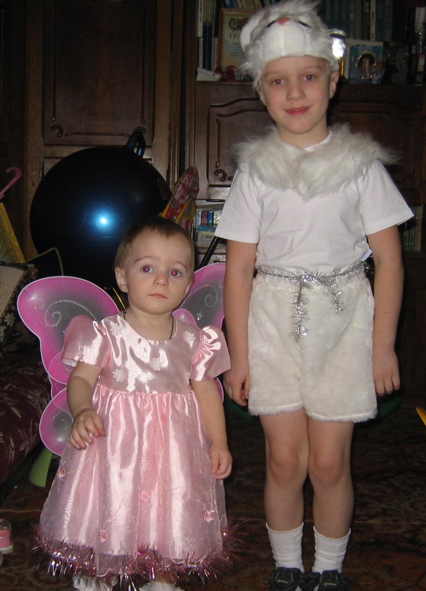 зайка и бабочка-красавица. Братишки и сестренки