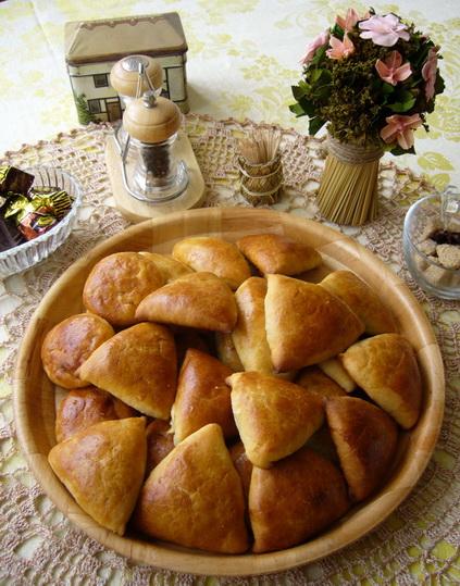 пирожки. Кулинария: торты и пирожные