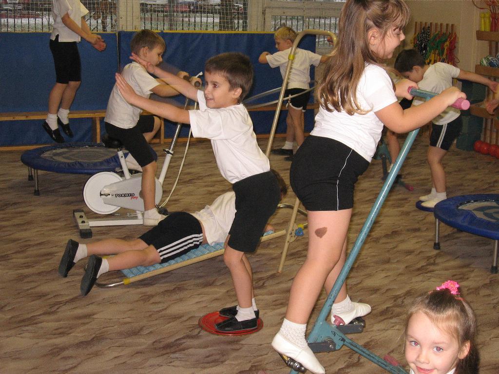 На физкультуре.. Мой любимый детский сад