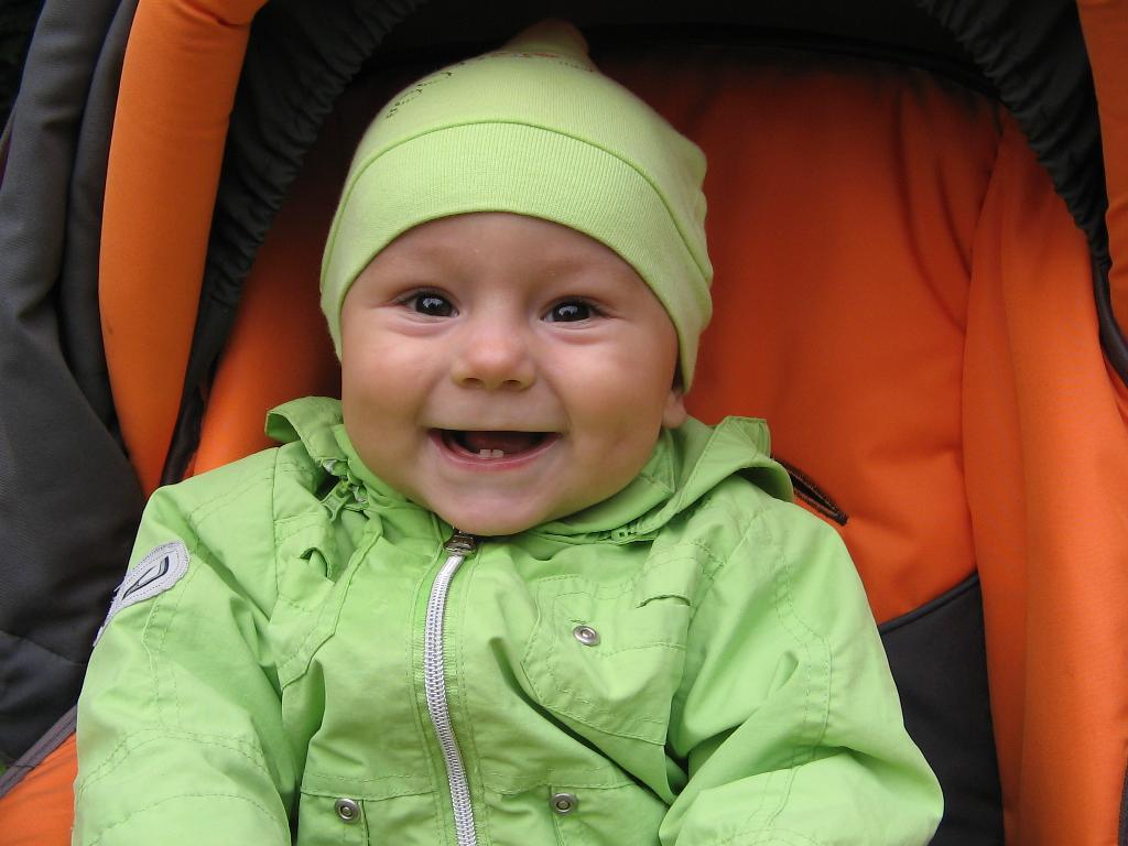 я счастливый малыш!!!!!. Время улыбаться