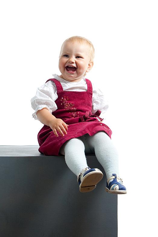 Моя любимая дочка Вика :). Время улыбаться