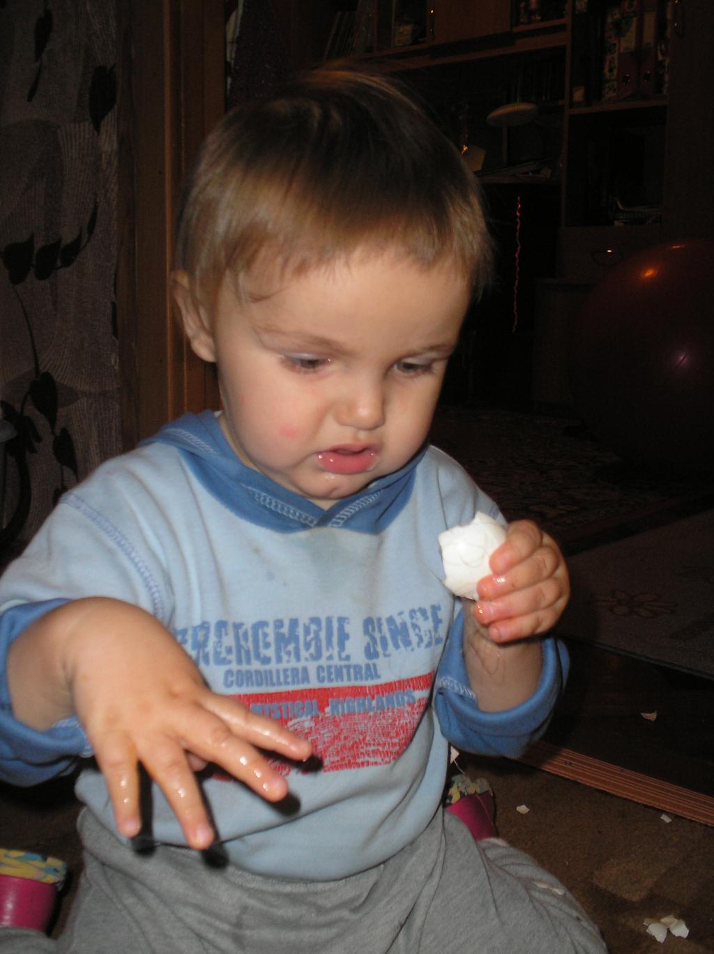 Яйцо до мамы не донес. Готовим вместе с мамой