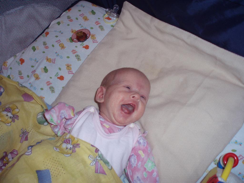 Первая улыбка. Время улыбаться