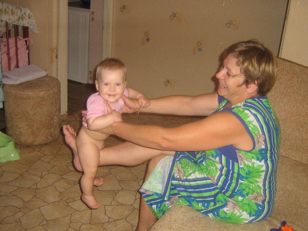 Кач-кач с бабой Наташей. Стар и мал