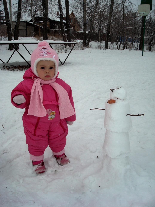 Лепим Снеговика.. Малыши