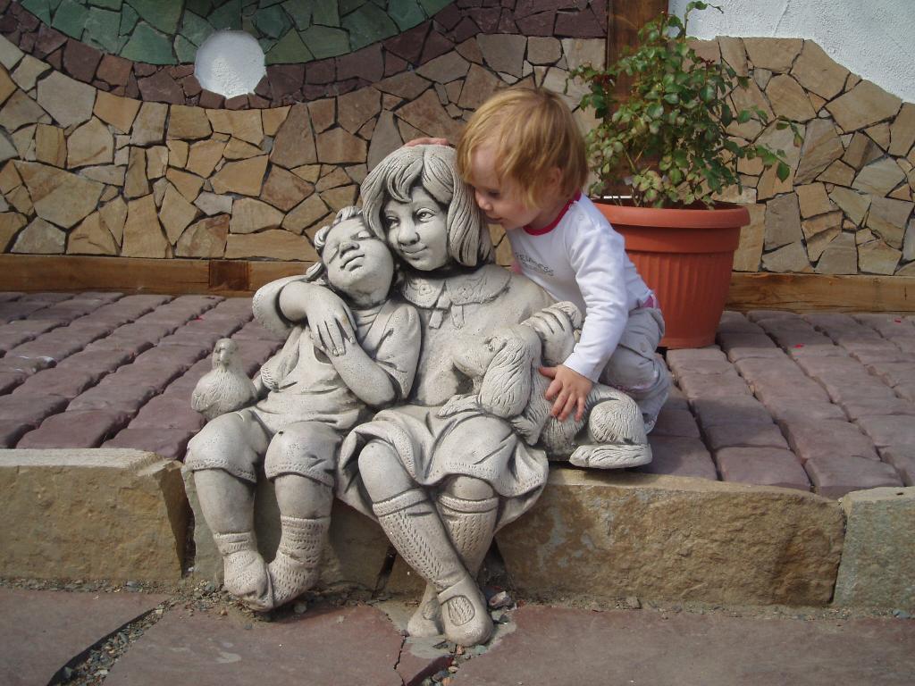 посидим помечтаем. Закрытое голосование фотоконкурса 'Я бы в скульпторы пошел...'