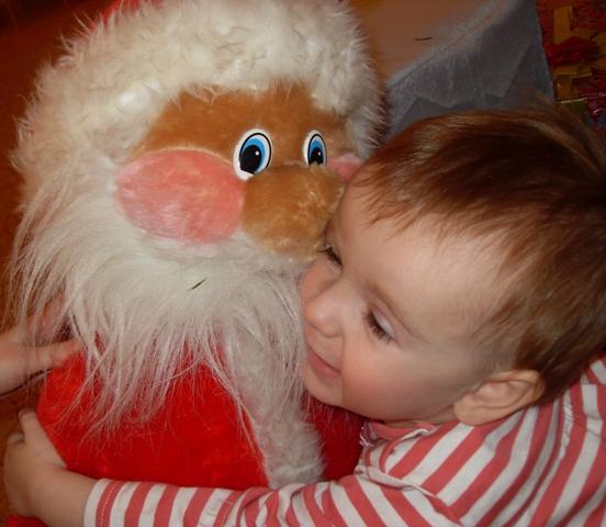 Юсинка- бусинка и наш любимый Дед Мороз. Дети: художественное фото