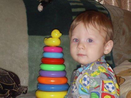 Сынок Егорушка. Дети с игрушками
