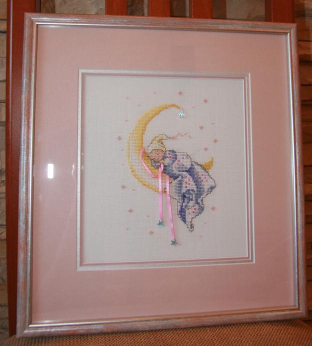'Crescent Dreams' by Mirabilia (little stitches). Детские сюжеты