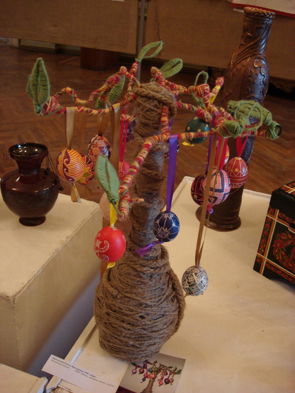 пасхальное дерево. Поделки из природного материала