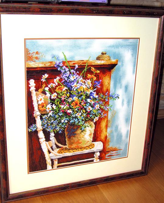 'Цветы на стуле' (34735) by Lanarte. Растения (в основном цветы)