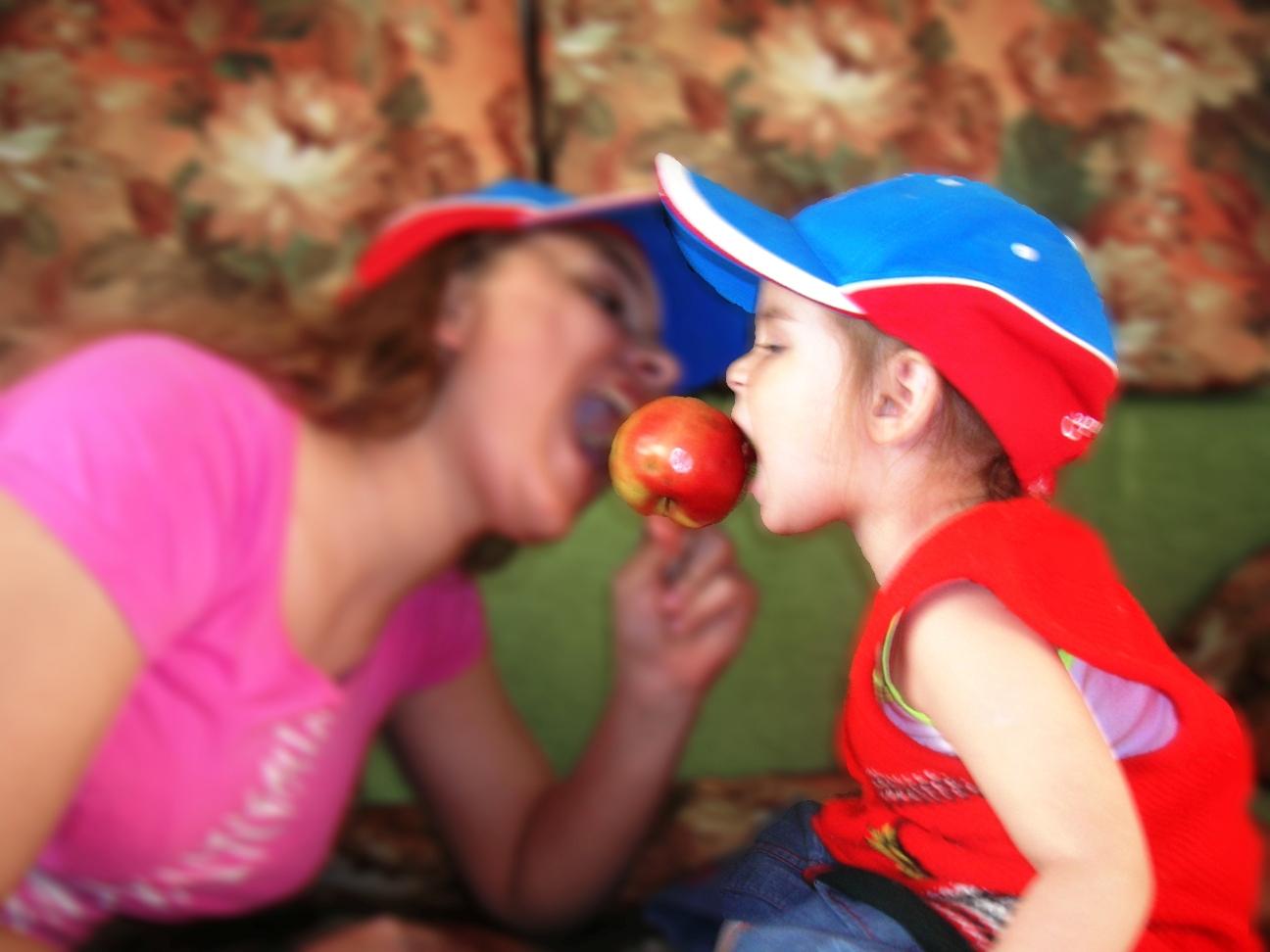 Красно яблоко ели вместе мы!. Дело вкуса