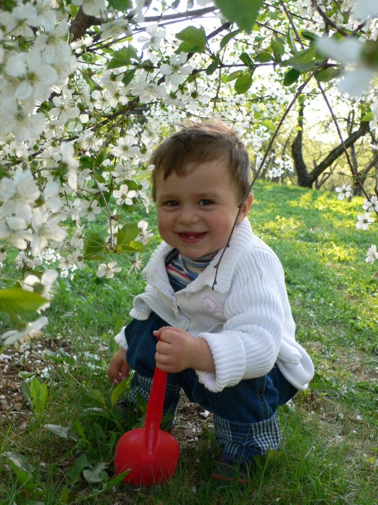 Евгений- наш весенний цветочек. Весенние деньки